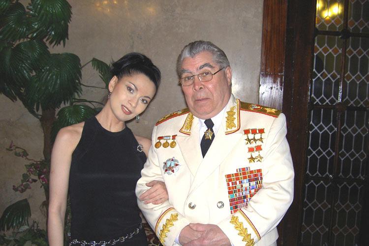 """Ольга Ларина и """"Леонид Ильич""""..."""